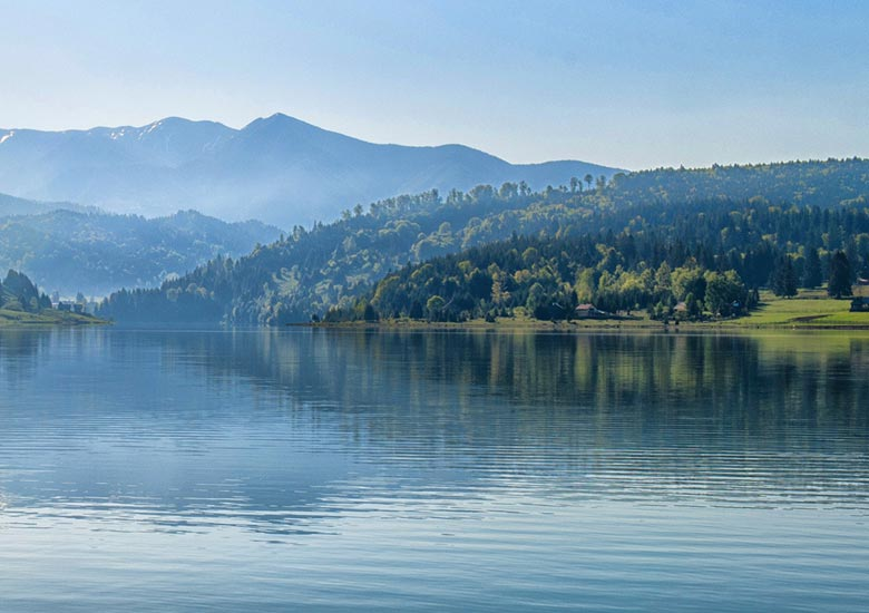 county-home-place-lake